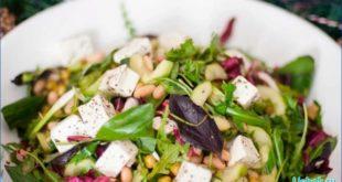 Простенький салат с свежим огурцом и сыром