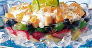 фруктовый салат со сливками